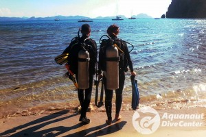 Divemaster Internship - Trainee with instructor
