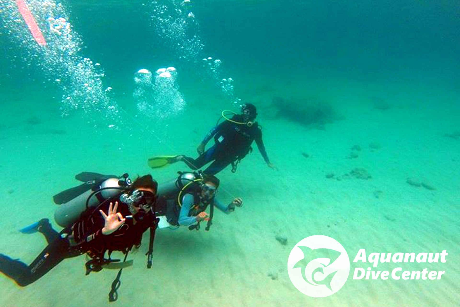 Training in Dilumacad Island, El Nido (courtesy of Nicolas Junco)
