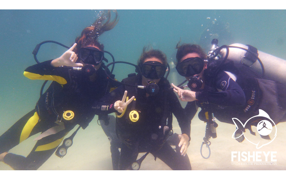 PADI Discover Scuba Diving of Pilar and Anita
